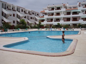 Self catering apartments on Victoria Court complex in Los Cristianos
