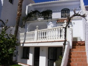 holiday villa to rent in nerja