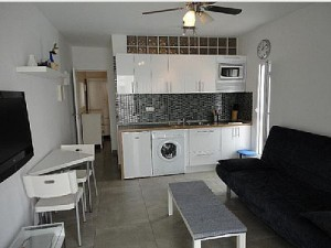 mare verde apartment with a washing machine