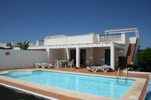 villa with air con in playa blanca