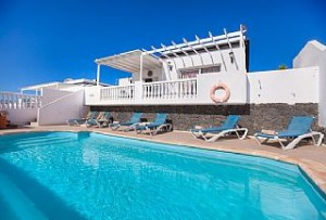 lanzarote villa with gated pool