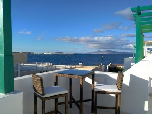 sea front apartments to rent in corralejo