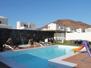 holiday villa in playa blanca lanzarote