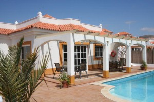 villa to rent in caleta de fuste fuerteventura