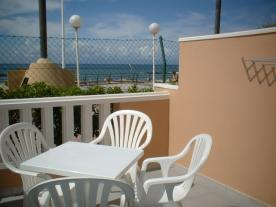 sol sun beach apartment rental