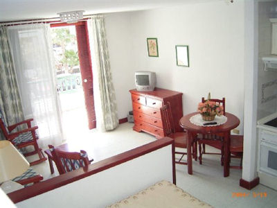 Studio Apartment Parque Santiago 3 parque santiago 4 studio with washing machine
