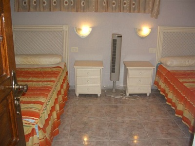 Self Catering Two Bedroom Apartment On Parque Santiago 2