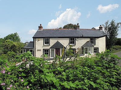 Holiday cottages near Helston Cornwall
