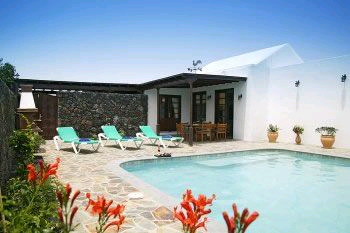 villa with private pool in puerto del carmen