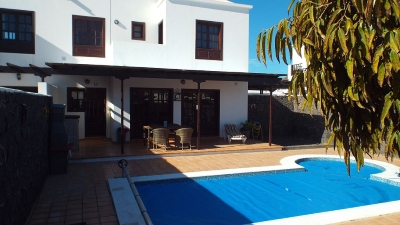 villa with wifi internet in playa blanca