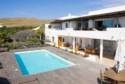puerto calero holiday villas