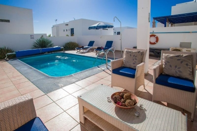 playa blanca holiday villas