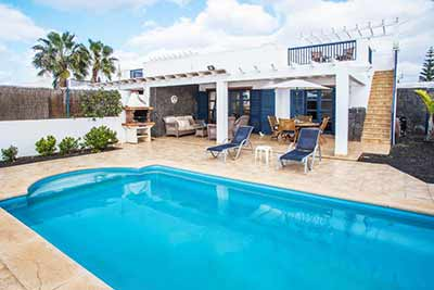 villa with sea view in corralejo