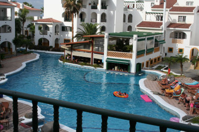 self catering apartment on Pueblo Torviscas Tenerife