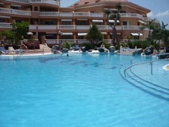 self catering apartments tenerife royal gardens